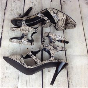 "New Directions double ankle strap 3.5"" heels"